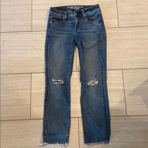 American Eagle sz 4 long super stretch straight